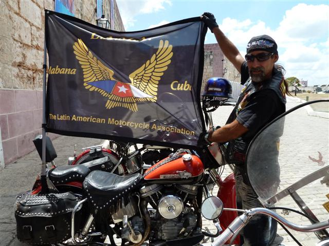 cuban-bikers17