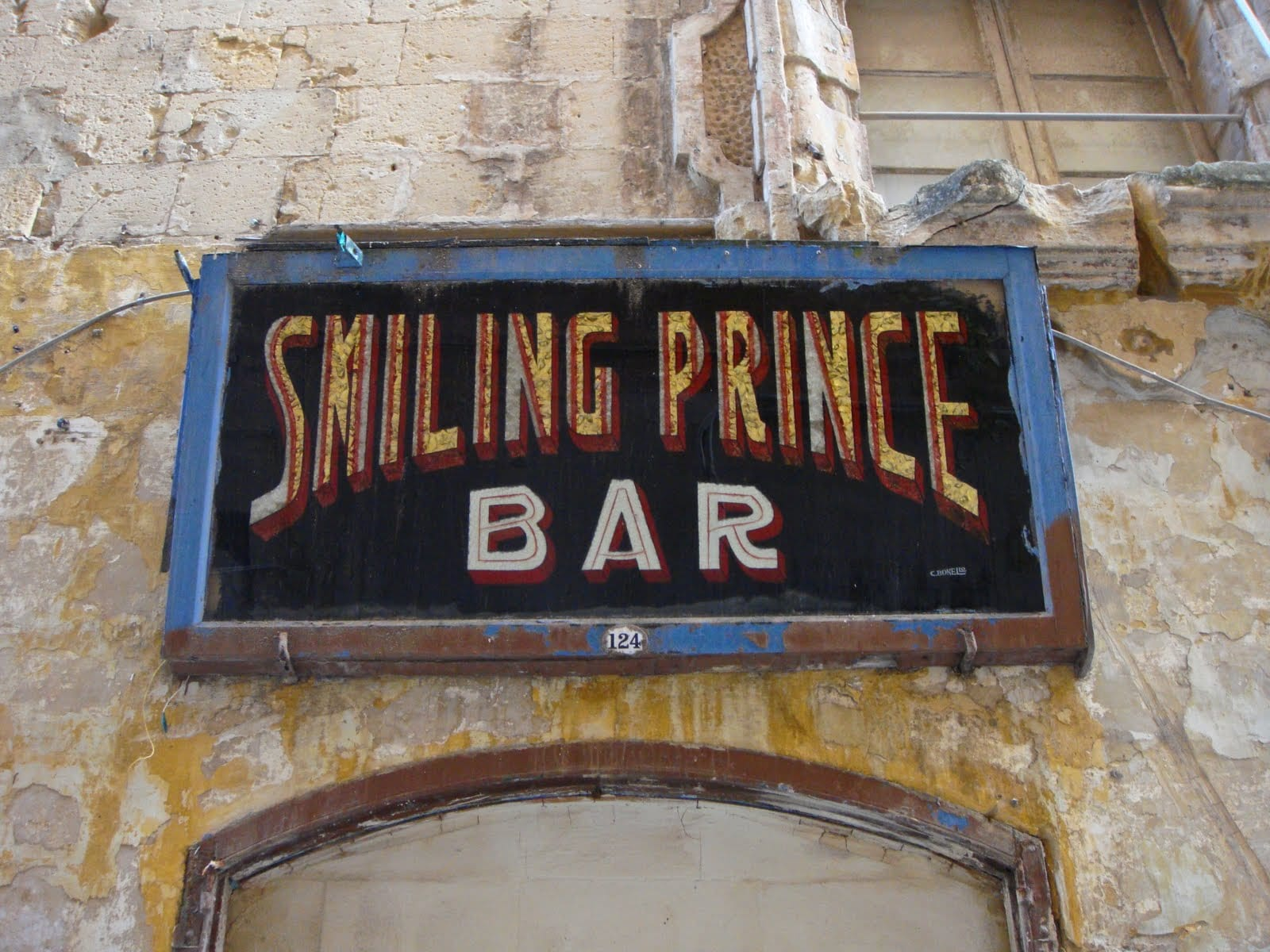 maltadiary1-valletta-old-shops-smilingsprince-bar