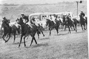 Chantersluer wins the 1958 Cooksbridge Handicap. Image used with permission from www.lewesracecourse.com