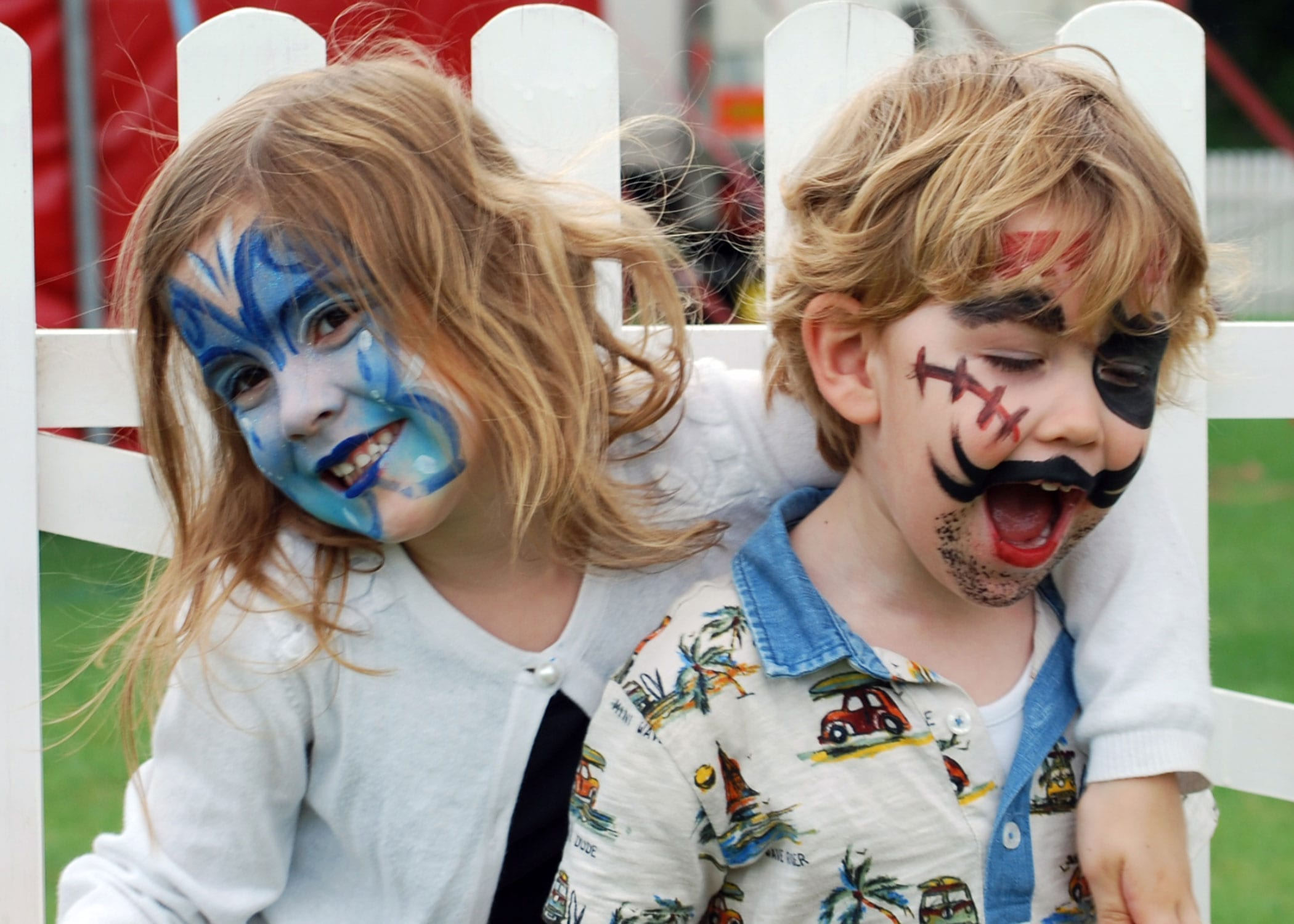03-Face-painted-brother-and-sister