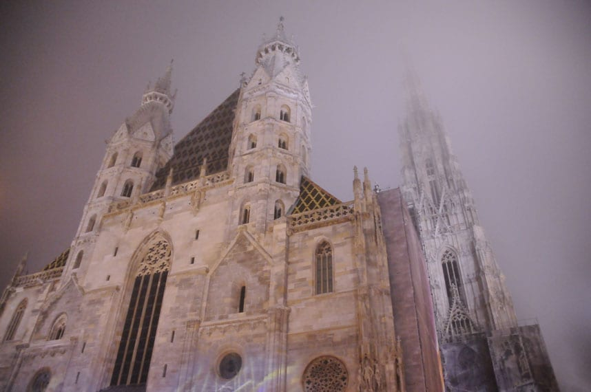 snowfall Vienna-Cathedral