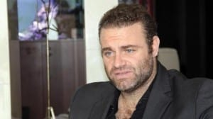 Internationally famed tenor JOSEPH CALLEJA blogs hands off!