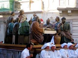 Depiction of Last Supper carried in Good Friday procession
