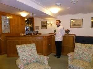 Royal Yacht Britannia 185 (Small)