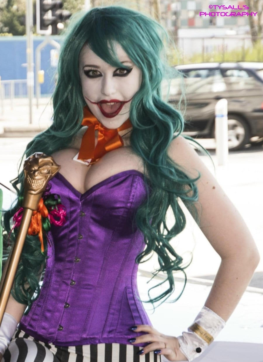 female cosplay characters
