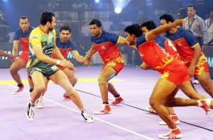 KPL teams compete with each other. U Mumbai Vs Puneri Paltan.