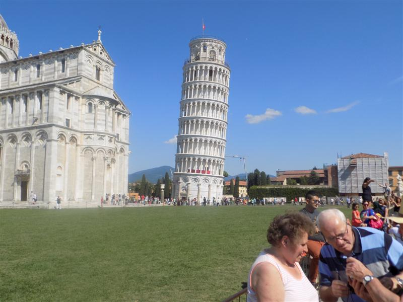 Leaning Tower, but no birds!