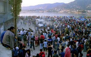 Thousands marooned in Lesbos, Greece