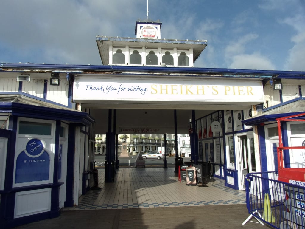 this is the sign you read when you leave the pier'