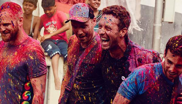 Coldplay band members smeared with colours during the shooting of the video of 'Hymn for the Weekend'