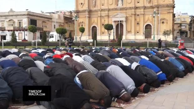 Friday prayers manifestion in front of Msida parish church - caused massive indignation.