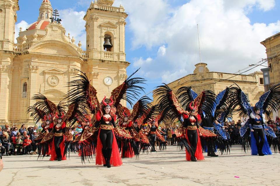 MalDia 10 (17-02-16) The Nadur Carnival - exotic.