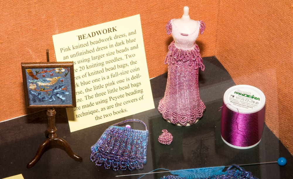 Beautiful-miniature-beadwork