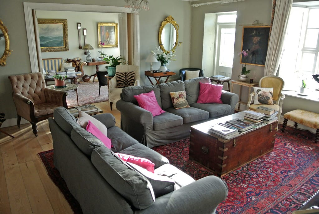 Main lounge at Quay House