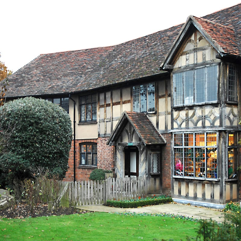 Stratford upon Avon Old-world-charm-of-Stratford.-