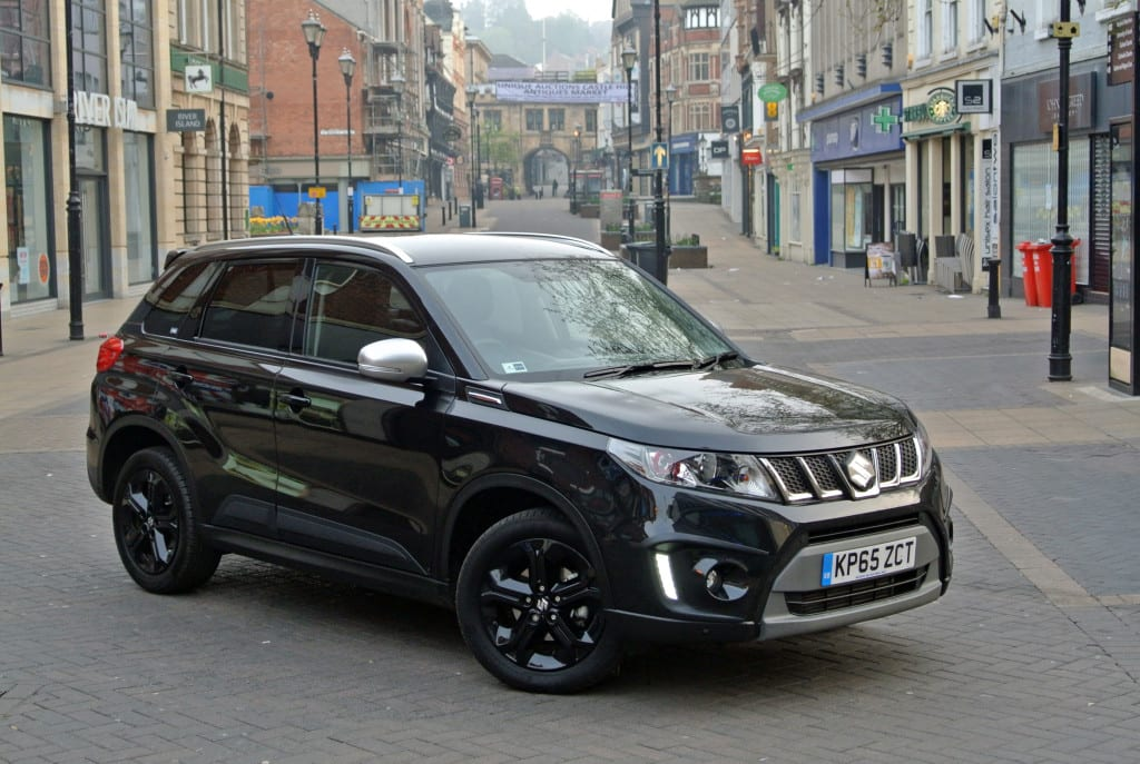 suzuki creates consummate crossover in current vitara   b c ing u