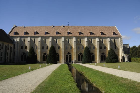 main-building-of-royaumont-abbey