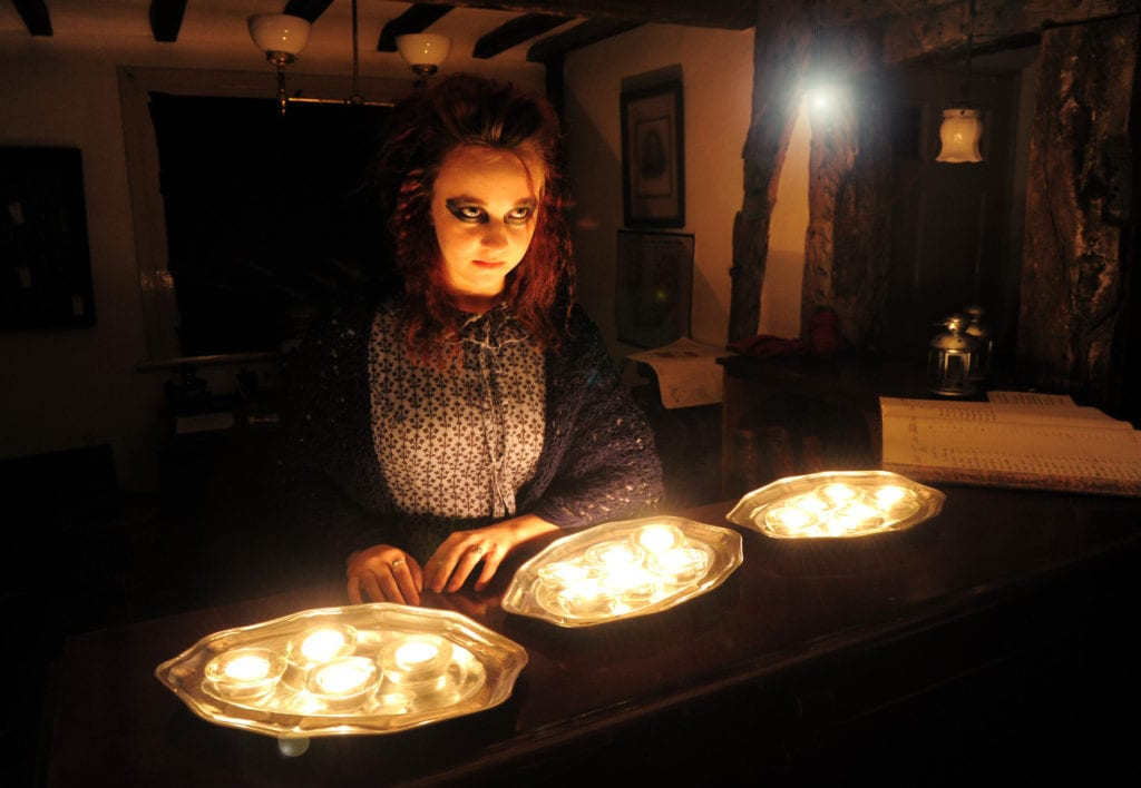 ghostly-gaslight-halloween-night-at-blists-hill-victorian-town
