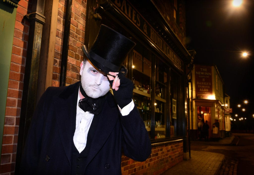 ghostly-gaslight-at-blists-hill-victorian-town-