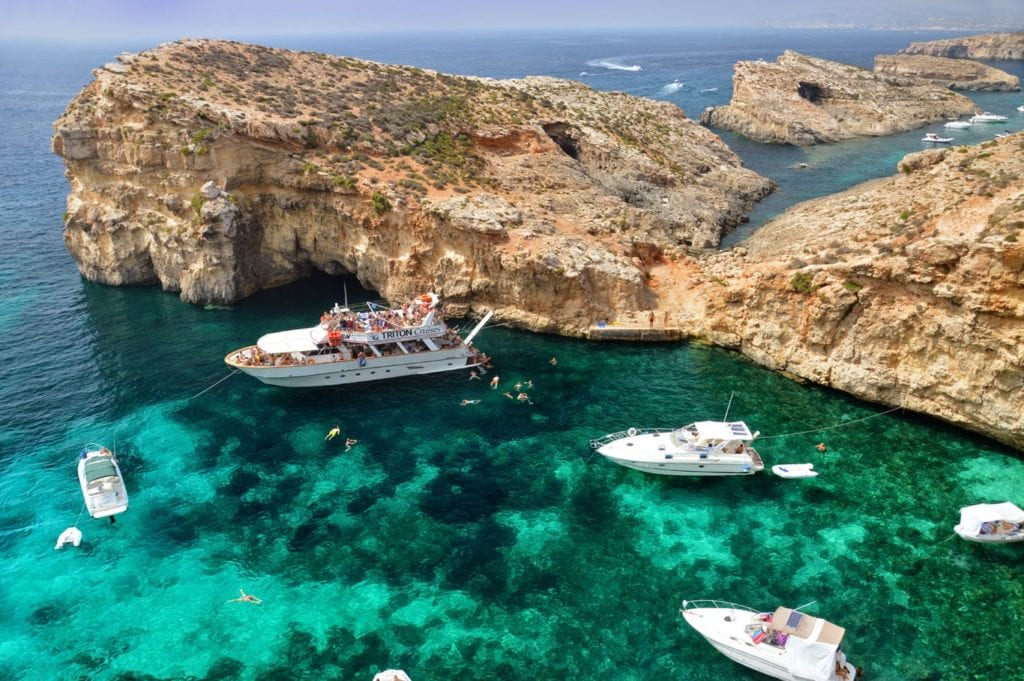 cominos-blue-lagoon-the-beautiful-maltese-islands