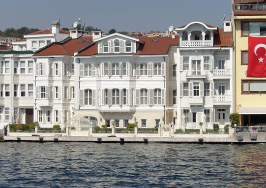-houses-on-the-bosphorus