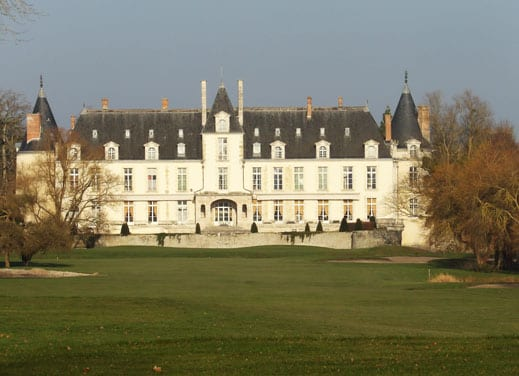 -the-18th-hole-facing-the-castle