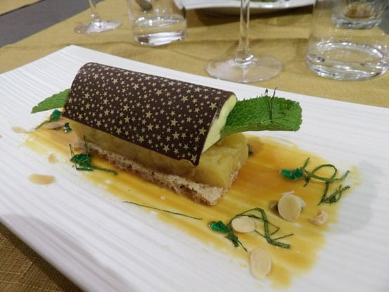 Wonderful-dessert-at-the-Delice-de-Provence-restaurant-in-Valreas