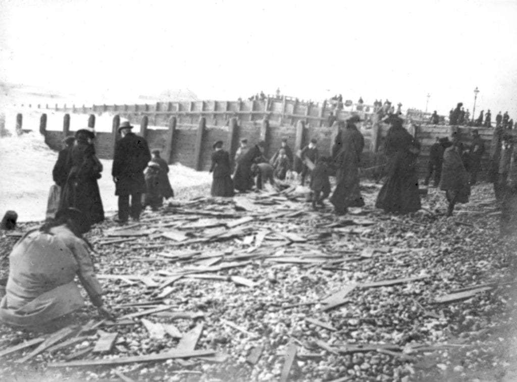 Fruit on Worthing beach in 1901 from the Indiana