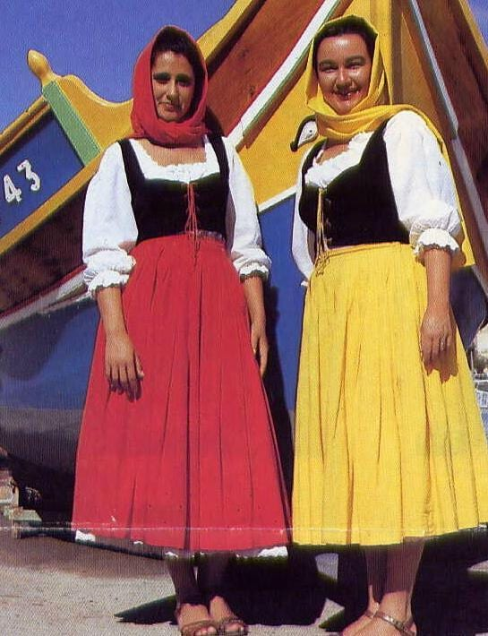 Traditional-Maltese-female-clothing.