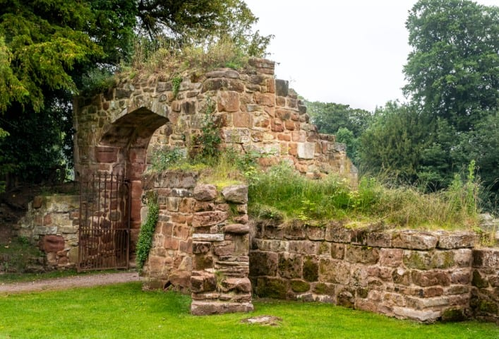 Pic Ancient gateway through which many historic royal figures have passed