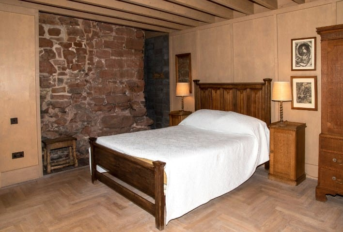 Pic One of the bedrooms at Astley Castle