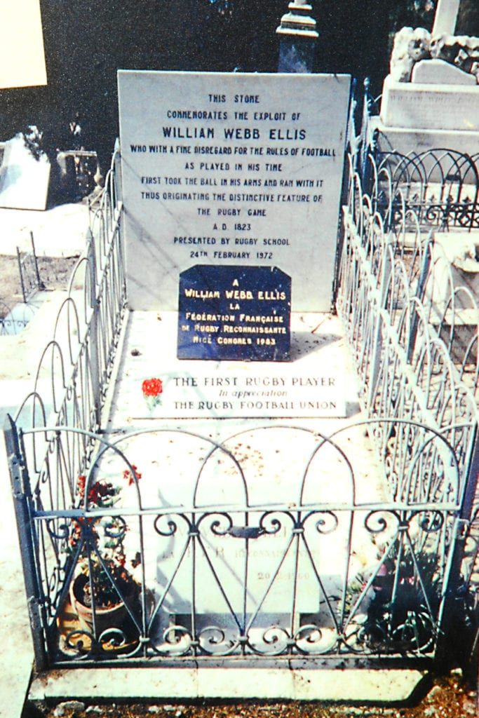 Pic The grave of William Webb Ellis in France