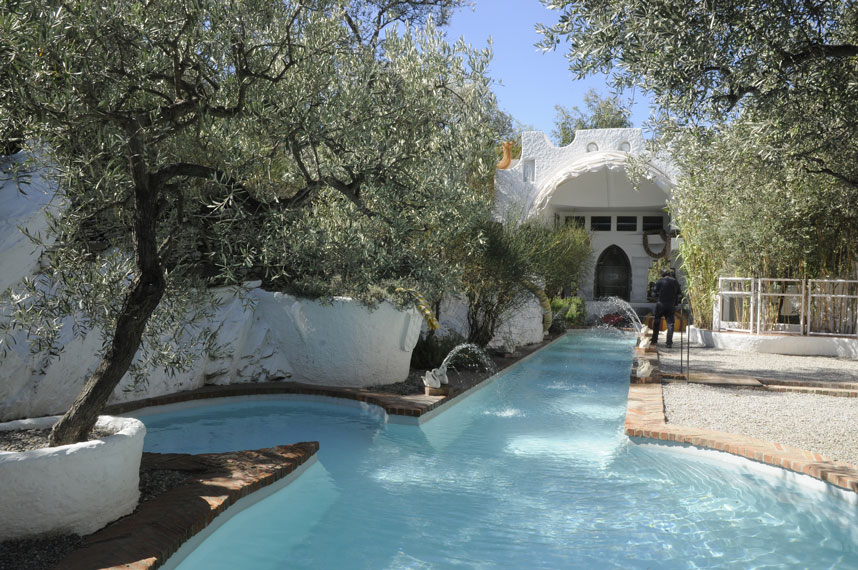 The swimming pool of Portlligat Dalis house