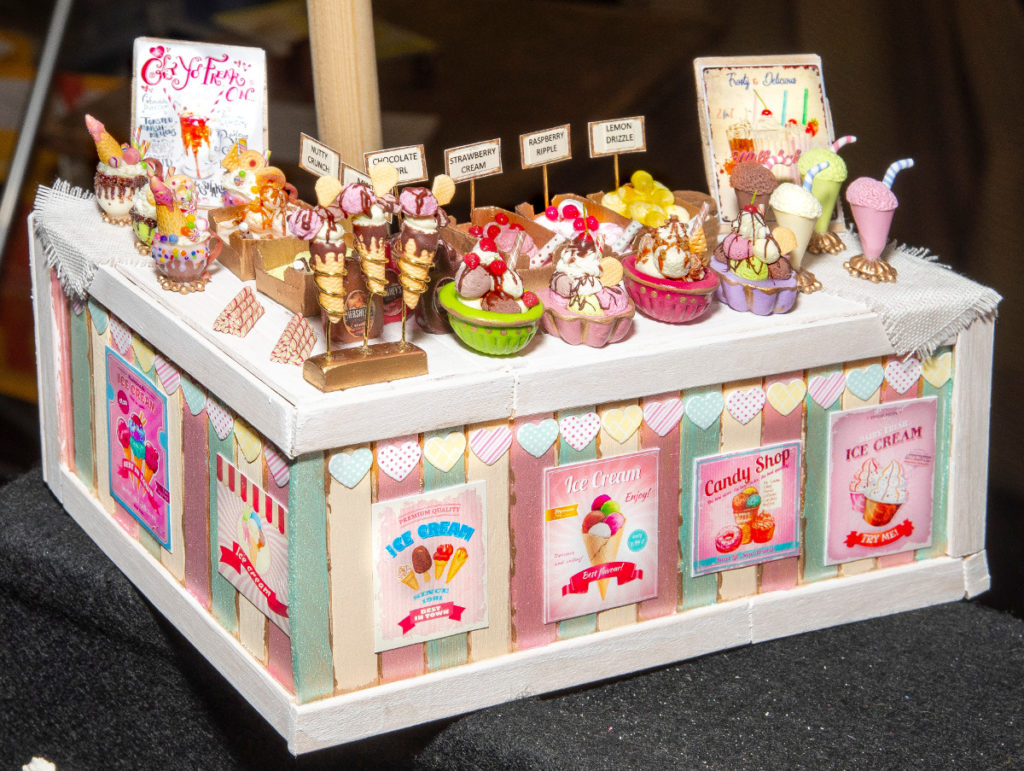 Pic If you have a sweet tooth you will love Ella Rose Miniatures