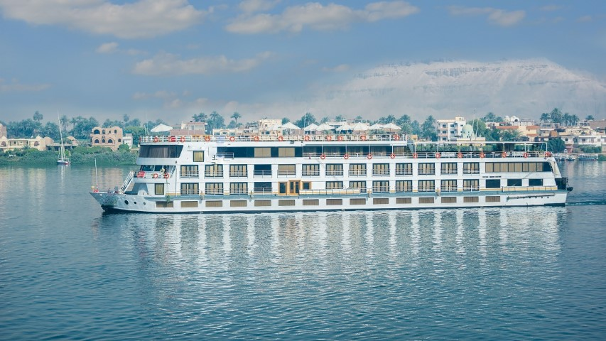 Comfort with Orbital Travel on the Nile