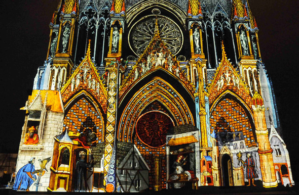 Reims Cathedral light show