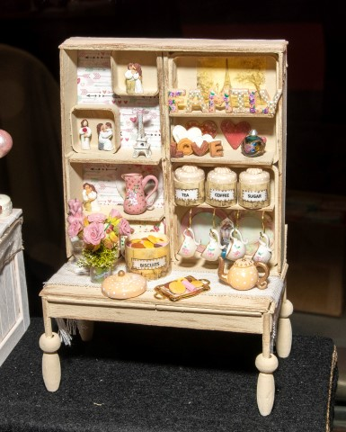 Pic Sweet treats by Ella Rose Miniatures