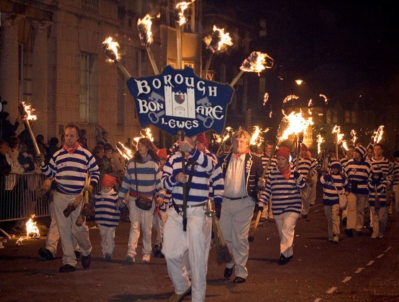 Lewes Borough Bonfire Society Photo by Andrew Dunn