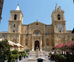 MalDia St Johns Co Cathedral in Valletta