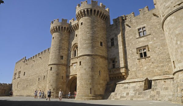 Rhodes the Grand Masters Palace entrance