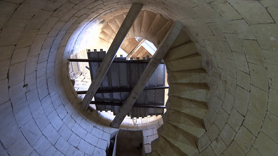 MalDia Up into the mill tower
