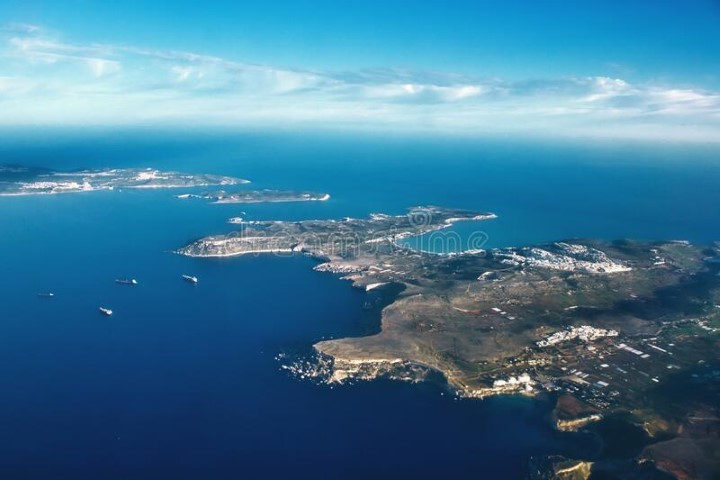 MalDia-02-16-12-20-An-aerial-view-of-Comino-between-Malta-and-Gozo