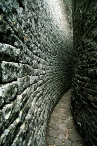 7.-The-70m-long-stone-curving-corridor-within-the-Great-Enclosure.
