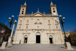 MalDia-08-13-01-21-The-parish-church-dedicated-to-St-George-in-Qormi