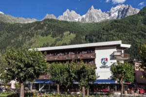 9-The-renovated-Hotel-Pointe-Isabelle-in-Chamonix