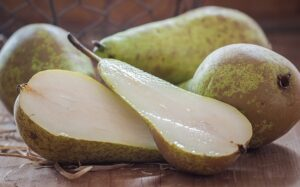 Pic-2.-Pear-slices.-Pic-by-Pezibear-of-Pixabay