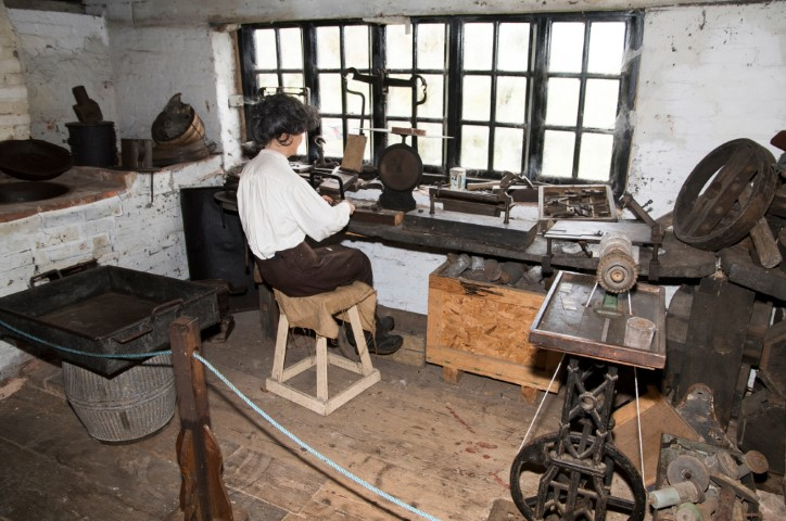 Pic-4.-Forge-Mill-in-Victorian-times