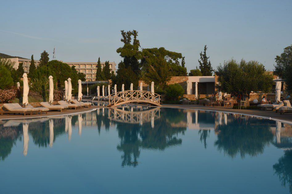 10-Early-morning-light-at-Ikos-Olivia-Resort