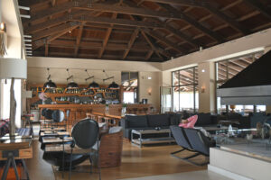 12-The-Lobby-main-lounge-and-bar-of-Grand-Forest-Metsovo
