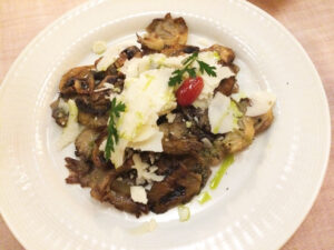 13-Grilled-wild-local-mushrooms-with-melting-local-goat-cheese